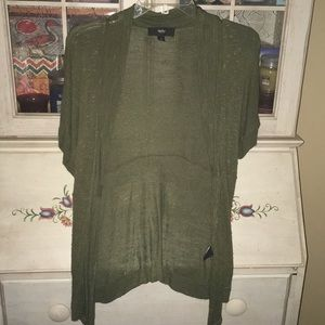 Cute olive Mossimo open cardigan -size medium.